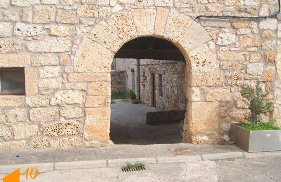 Casa de piedra en zona de Arcos