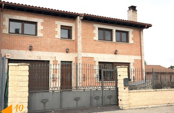Espectacular casa adosada en Quintanilla Vivar