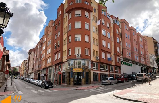 Apartamento en calle Calvario.